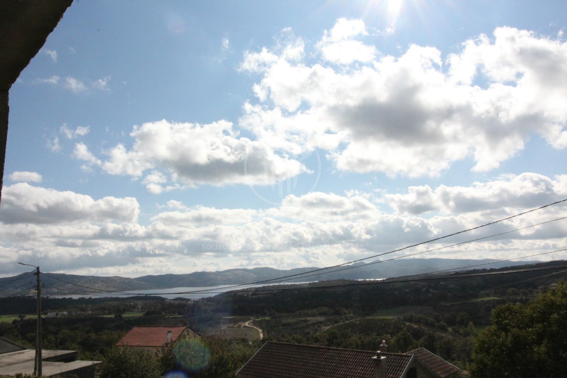Moradia T3 Vistas para a Barragem, Vila Real, Montalegre